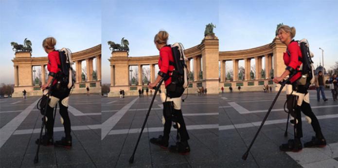 Após 22 anos, mulher volta a andar graças a exoesqueleto feito em impressora 3D. (Foto: Reprodução/CNET) (Foto: Após 22 anos, mulher volta a andar graças a exoesqueleto feito em impressora 3D. (Foto: Reprodução/CNET))