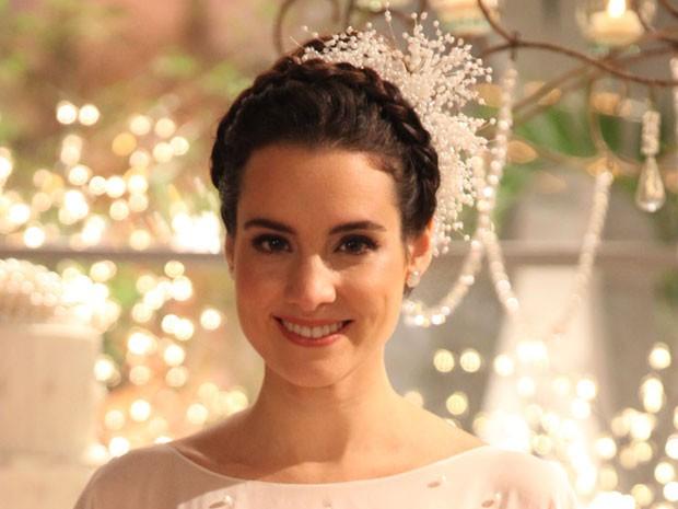 Lara optou por um make clean e olhos destacados (Foto: Pedro Curi / TV Globo)