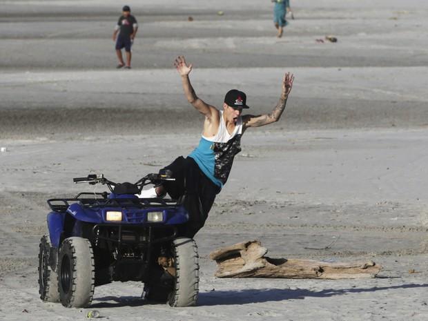 Justin Bieber em um resort em Punta Chame, no Panamá (Foto: Carlos Jasso/ Reuters)