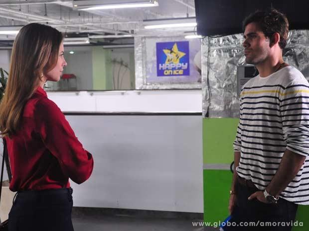 Juliano Cazarré e Paolla Oliveira como NInho e Paloma  (Foto: Jacson Vogel / TV Globo)