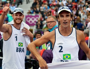 Alison e Emanuel v&#244;lei de praia olimp&#237;adas 2012 (Foto: AFP)