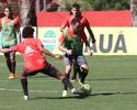 Alan Patrick acusa dores na coxa e desfalcará o Flamengo contra o Galo