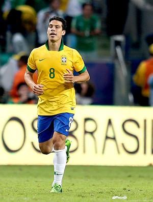 Hernanes brasil gol frança amistoso arena do grêmio (Foto: Agência EFE)