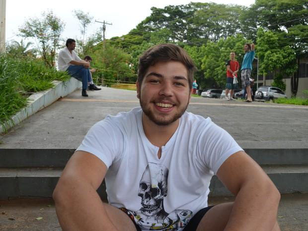 João Gabriel Grande teve dificuldades na área de física (Foto: Orlando Duarte Neto/G1)