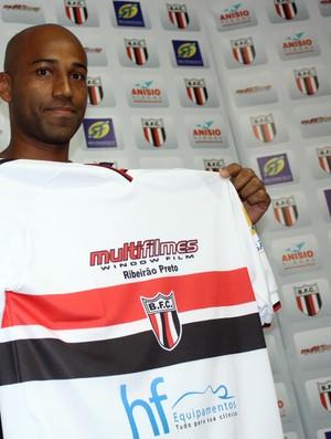 Nunes, atacante do Botafogo-SP (Foto: Cléber Akamine/ Globoesporte.com)