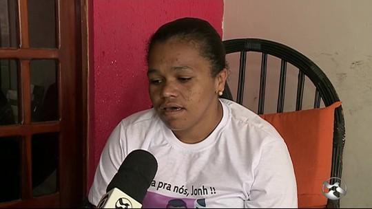 Mãe reconhece chinelo do filho que desapareceu há 1 mês em Garanhuns