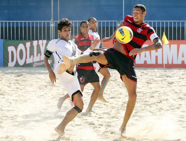 Jorginho e Casé Vasco Flamengo futebol de areia (Foto: Wander Roberto/Inovafoto)