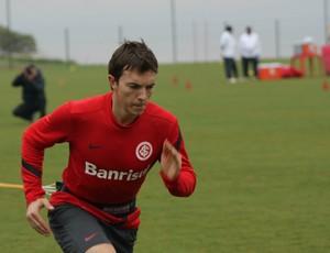 Dagoberto treina no Inter (Foto: Diego Guichard/GLOBOESPORTE.COM)
