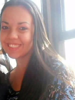 Caroline está desaparecida desde segunda-feira (3) (Foto: Carlota Gomes Martins / Arquivo Pessoal)