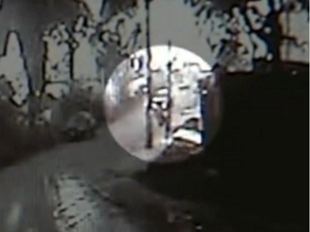 Câmeras flagraram momento do acidente (Foto: Reprodução/TV TEM)