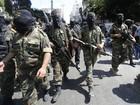 Jihad islâmica desafia Israel com desfile entre as ruínas em Gaza