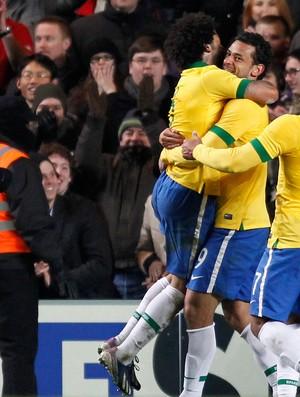 Fred gol Brasil x Rússia (Foto: AFP)