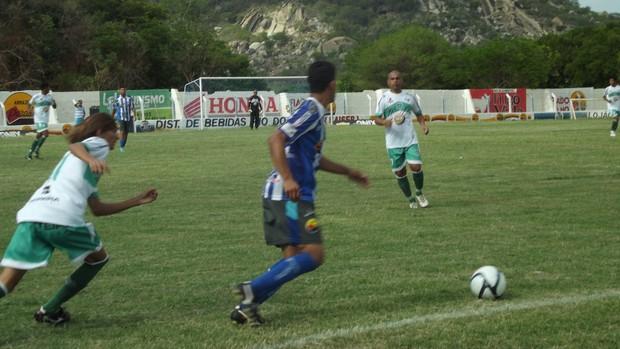 Cruzeiro-pb 1 x 3 Nacional - 11ª rodada do campeonato paraibano (Foto: Luiz Carlos Roque / Globoesporte.com/pb)