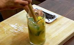 Limonada com tequila - Receitas de Chuck - Programa 07 (Foto: Reproduo)
