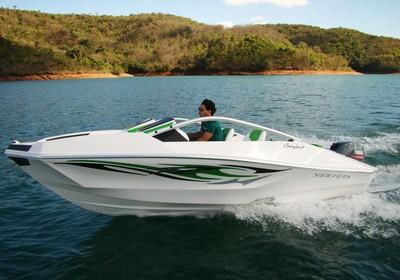 O V160 Comfort, que sai a R$ 26 mil, é a aposta da Ventura para atrair a nova classe C (Foto: Divulgação)