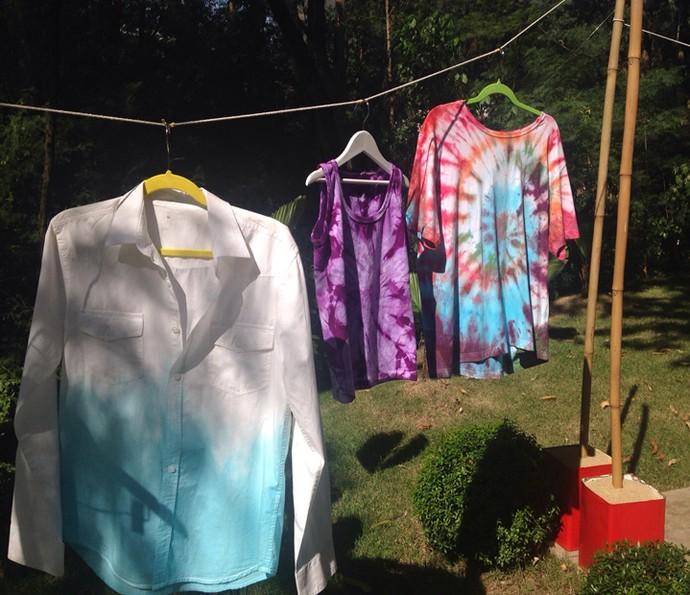 Confira as camisas feita pela blogueira (Foto: Leonardo Viso/Gshow)