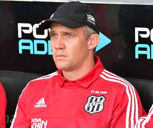 Eduardo Baptista Treinador Técnico Ponte Preta Macaca (Foto: Marcos Ribolli)