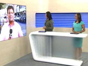 Chrys e Liara comandam Bom Dia Alagoas  (Foto: Reprodução/ TV Gazeta)