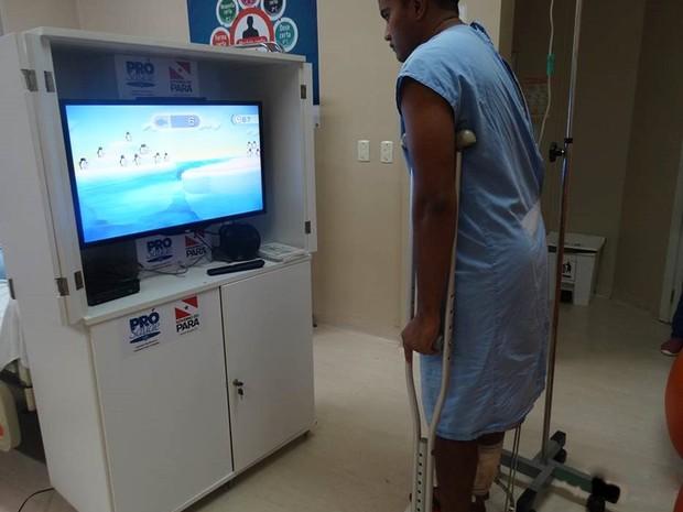 Sanderson Santos encontrou no videogame uma forma lúdica para dar prosseguimento ao tratamento. Belém. gameterapia. hospital galileu (Foto: Divulgação/Agencia Pará)