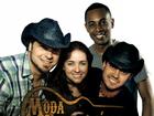 Banda Moda Universitária anima noite em Barra Mansa, RJ