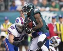 Jogador dos Bills se aposenta da NFL após um ano por medo de concussões
