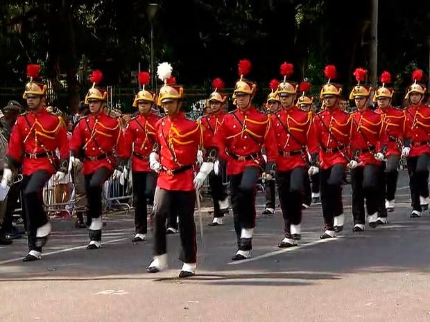 Desfile cívico-militar é realizado na Avenida Afonso Pena, em BH (Foto: Reprodução/TV Globo)