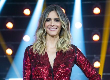 Fernanda Lima aposta em look vermelho para a grande final do 'PopStar'
