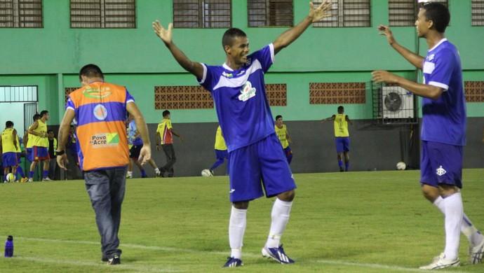 Gessé, atacante Atlético-AC (Foto: Duaine Rodrigues)