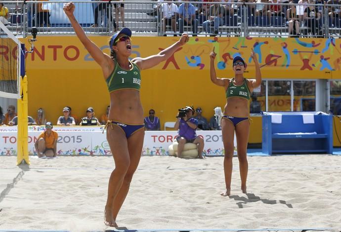 Lili e Carol bronze pan-americano (Foto: Julio Cortez/AP Photo)
