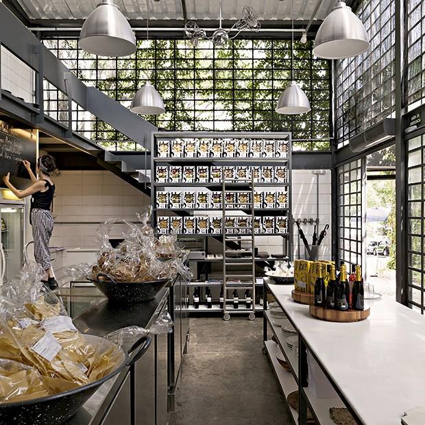A rotisseria Mesa III, no bairro do Sumaré, em São Paulo: as massas vendidas lá também podem ser encontradas em empórios e cafés de outras cidades (Foto: Lufe Gomes/Editora Globo)