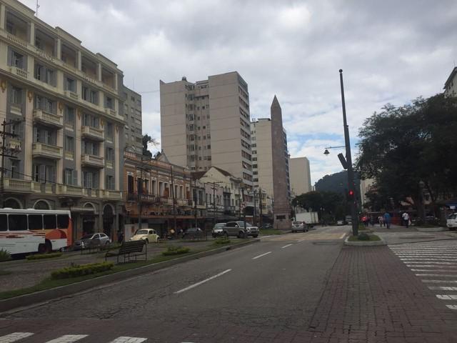 Nesta terça, Petrópolis registrou 9.7ºC, menor temperatura da Região Serrana (Foto: Aline Rickly | G1)