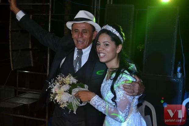 Roberto Cardoso e Stefhany Absoluta  (Foto: Divulgação/Sergio Alves Portal V1)