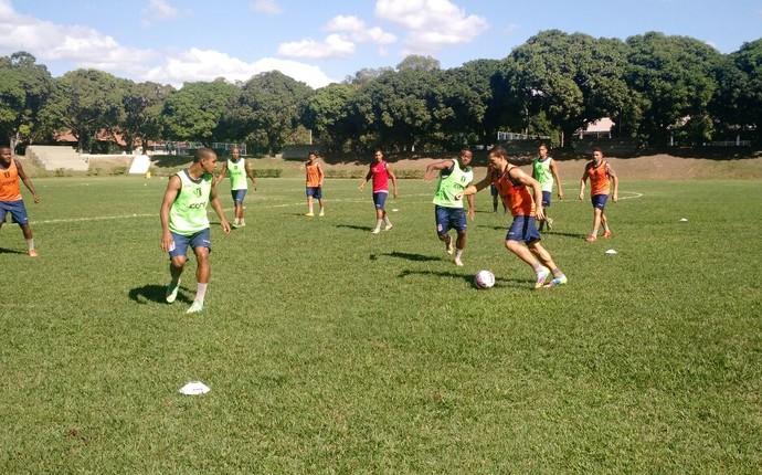 Atividades com bola já fazem parte da rotina na pré-temporada do Espírito Santo para a Série D (Foto: João Brito/Espírito Santo FC)