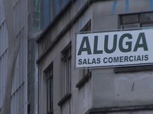 Oferta de imóveis residenciais para alugar dispara em Curitiba (Foto: RPC/Reprodução)