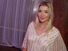 Luiza Possi assume namoro com diretor de novela em festa: 'Estou feliz'