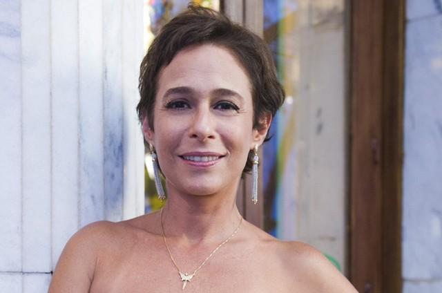 Andréa Beltrão será protagonista de seriado baseado no filme 'Verônica' (Foto: Gshow)