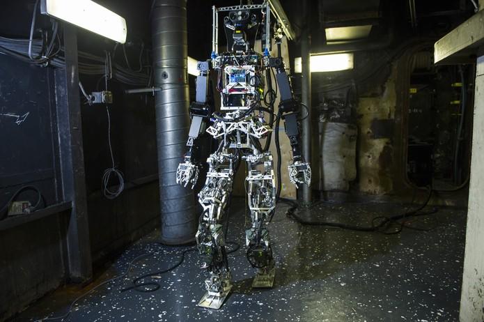 Robô Saffir é um protótipo para combater incêndios em navios (Foto: Divulgação/US Navy)