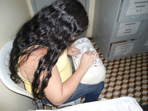 Detenta de Patos faz renda renascença dentro do programa de ressocialização. (Foto: Secom/PB)