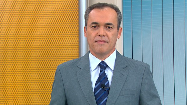 Paraná TV destaca rebelião de presos, em uma delegacia de Pinhais (Foto:  Reprodução/RPC)