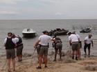 BM apreende 10 mil metros de rede de pesca na Lagoa do Casamento, RS