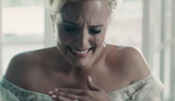 Soltar as lágrimas pode ser bom e ruim. Entenda: (Foto: Reprodução Youtube)