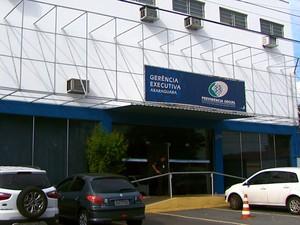 INSS vai transferir médicos para unidade que teve fraude em ponto (Foto: Reprodução EPTV)