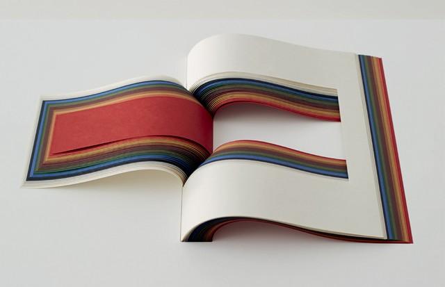 Entre os destaques da exposição da Japan House, a obra Book of Tongue, do grupo de arquitetos Noiz.  (Foto: Amana Group, Arquivo Pessoal e Divulgação)