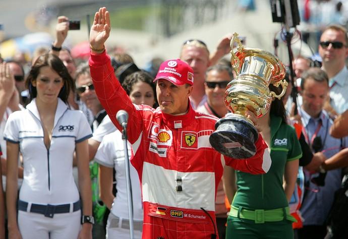 Michael Schumacher no GP do Brasil de 2006, em sua primeira das duas aposentadorias (Foto: Getty Images)