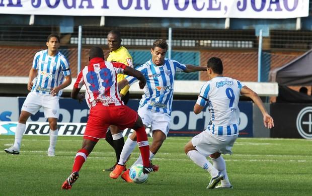 Diego Felipe Avaí x Náutico (Foto: Jamira Furlani/Avaí FC)