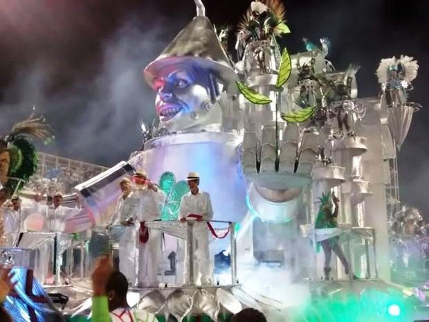 Protegidos da Princesa encerra desfile na capital (Foto: Cristiano Anunciação/ G1)