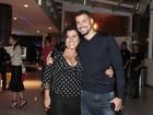 Famosos vão a pré-estreia de filme de Regina Casé no Rio