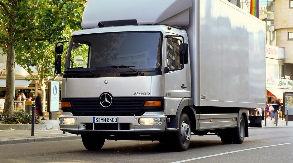 Raízen comprou frota de Mercedes Atego (Foto: Divulgação)