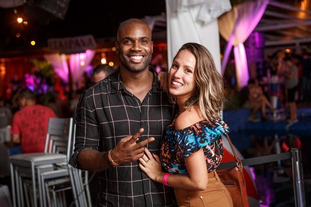 Rafael Zulu e namorada na festa Tardezinha (Foto: Marcos Samerson / We Love Photo! / Divulgação)