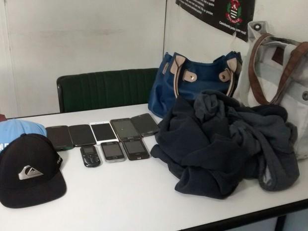 Objetos das vítimas foram recuperados (Foto: Maiara Barbosa / G1)